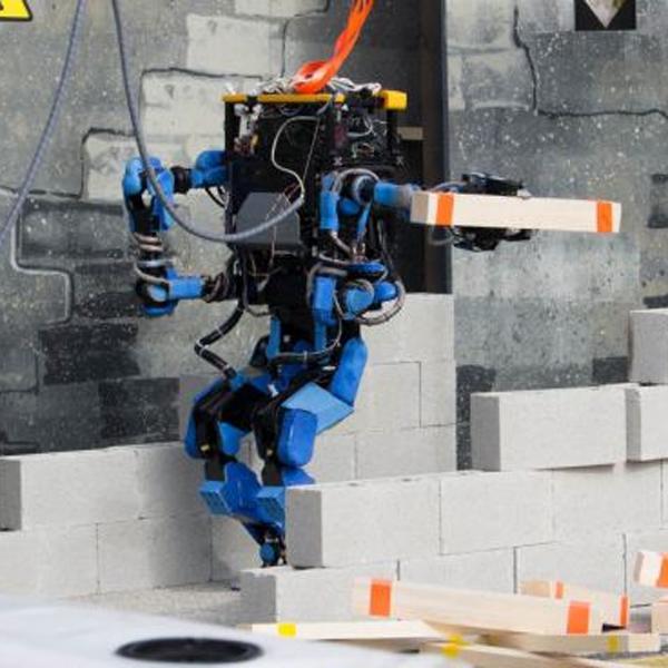 Роботы, Schaft, Google, DARPA, Google готовится к выводу на рынок нового робота
