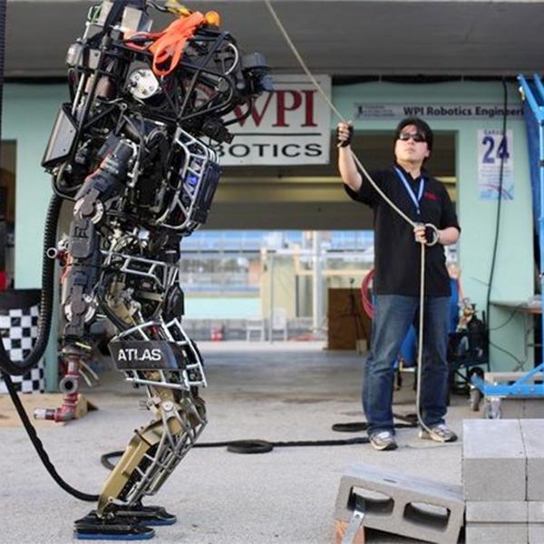 Робот,Олимпиада, Япония готова провести в 2020 году Олимпийские игры для роботов