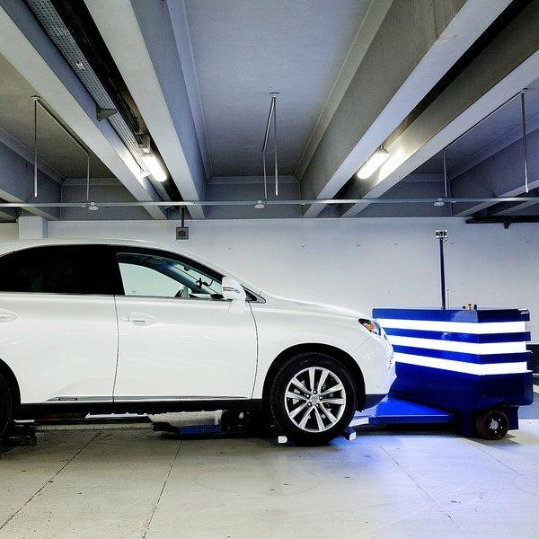 Идея,концепт,дизайн,автомобиль,робот,дрон, Знакомьтесь, это «Стэн»: французы создали робота-парковщика