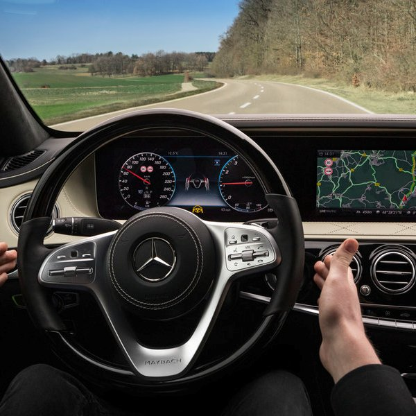 Mercedes,автомобиль,дрон,беспилотник, Mercedes-Benz создает автомобили, которые знают дорогу лучше, чем водитель